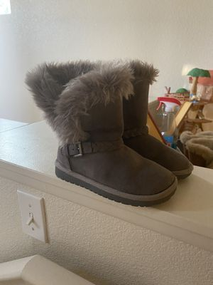 Little girls Children's Place boots for Sale in Fontana, CA
