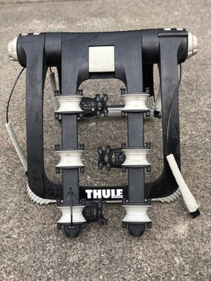 Thule 3 bike universal rack for Sale in Gresham, OR
