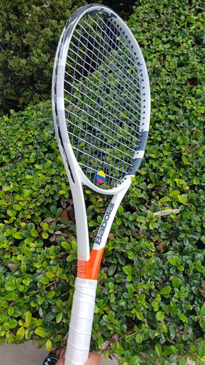 Babolat pure strike 2 Raquets for Sale in Fort Lauderdale, FL