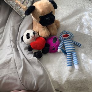 Lot of 4 stuffed toys/animals! for Sale in Port St. Lucie, FL