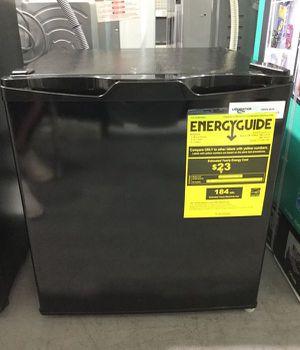 Mini fridge Refrigerator Refrigerador 1.7 cf for Sale in Miami, FL