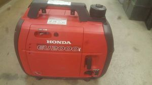 Honda eu2000i portable ultra quiet generator and power inverter for Sale in Phoenix, AZ