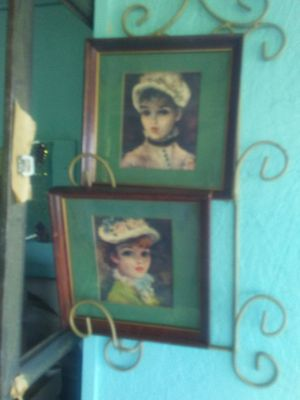 2 pictures $8 for Sale in Plattsburg, MO