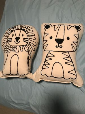 Two decorative pillows for Sale in Cary, NC