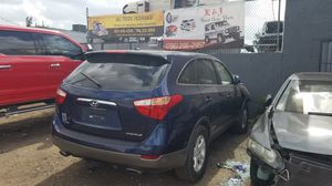 Hyundai Veracruz for part out 2006 for Sale in Opa-locka, FL