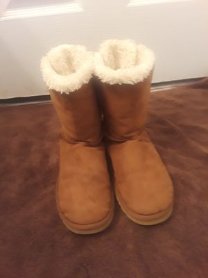 Ugg boots size women 7 for Sale in Riverdale, GA
