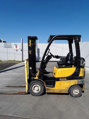 2013 Yale 3000lb Pneumatic Forklift for Sale in Phoenix, AZ