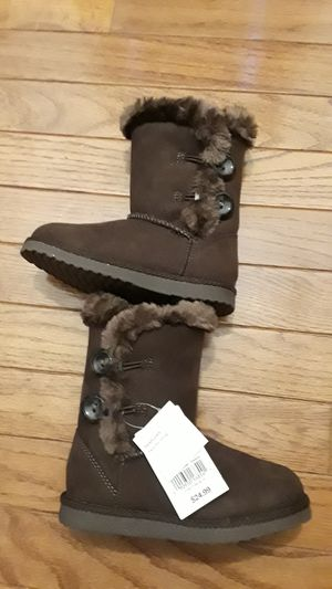 New girls winter boots toddler size 9 for Sale in Chicago, IL