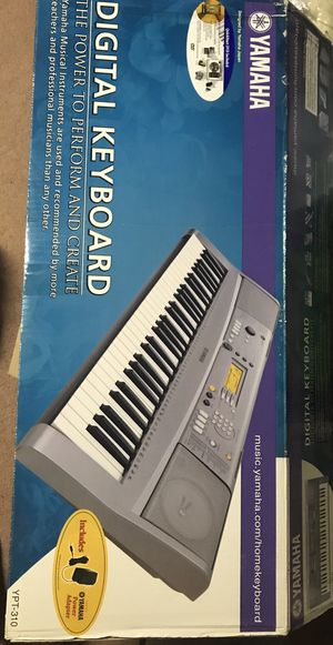 Yamaha YPT-310 Keyboard for Sale in Fairview, PA