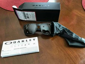 Oakley Holbrook polarized brand new for Sale in Bloomington, IL