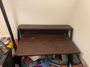 Chestnut desk for Sale in San Jose, CA