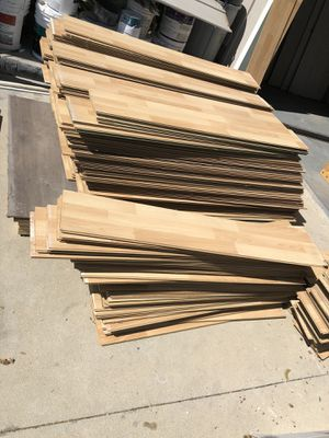 Almosr free over 1000 sq ft laminated wood $100 today only for Sale in Long Beach, CA