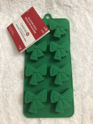 Celebrate It Silicone Bow Mold Christmas Bakeware for Sale in Hackettstown, NJ