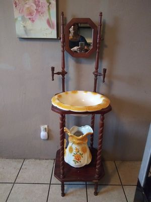 Vintage Antique Wash Stand for Sale in Albuquerque, NM