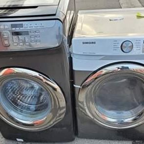 NEW !! SAMSUNG SMART STEAM FRONT LOAD WASHER AND GAS DRYER SET for Sale in Moreno Valley, CA