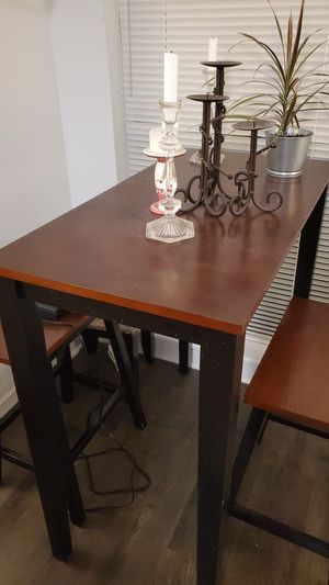 Dinette and 2 stool for Sale in Silver Spring, MD