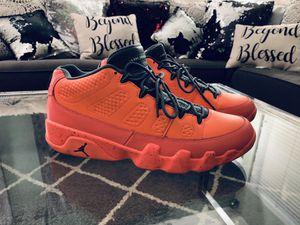 Jordan 9 Retro Low Bright Mango 11.5 Men's Like New for Sale in Henderson, NV