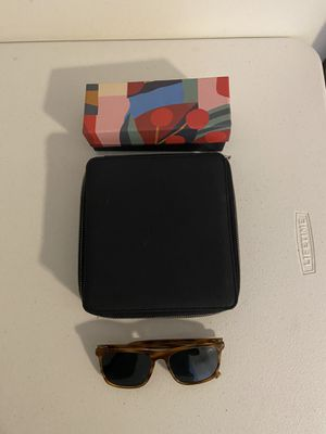 New Warby Parker Sunglasses and carrying case for Sale in Alexandria, VA