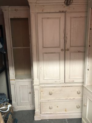 "British Traditions 84"" wide wall unit for Sale in Carlsbad, CA"