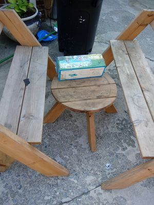 Kids wooden picnic set with the pool. And two children's area rugs for Sale in Chesapeake, VA