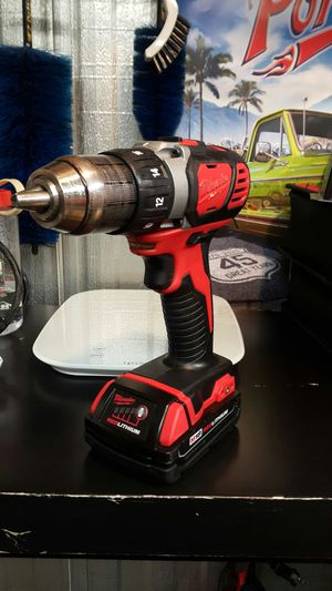 Milwaukee M18 drill driver with 2.0 battery for Sale in Rancho Cucamonga, CA