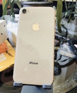 iPhone 8 256 GB for sprint for Sale in Whittier, CA