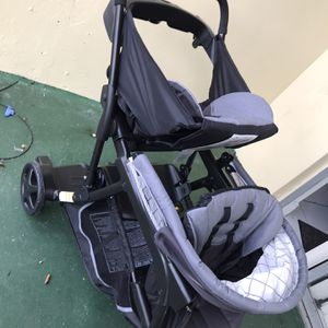 Double Stroller for Sale in Fort Lauderdale, FL