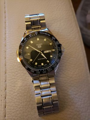 Seiko silver& black 44 mm watch for Sale in Fort Worth, TX