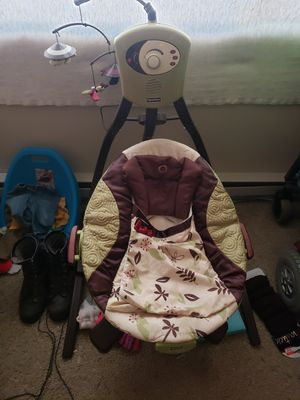 Fisher-Price Electric swing for Sale in Beaver Creek, MN