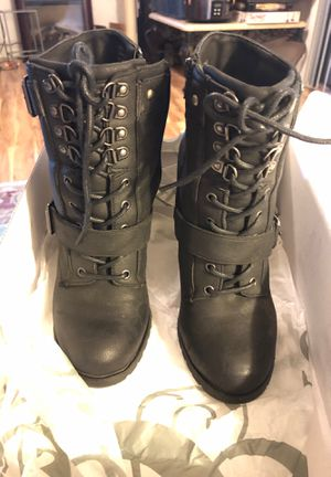 SHI by Journeys boots size 8.5 for Sale in Fort Myers, FL