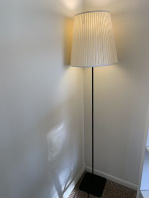 Floor lamp for Sale in Westmont, IL
