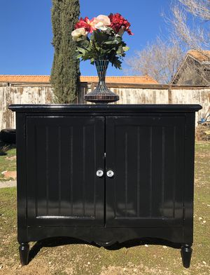 Black buffet/ tv stand for Sale in Victorville, CA