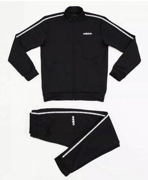 Men's Adidas Jogging Suit Size S.. Can fit size M for Sale in Belleville, MI