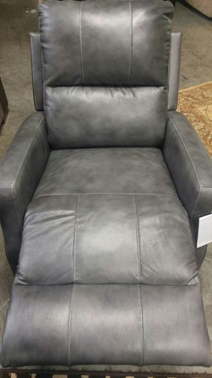 Recliner for Sale in Portland, OR