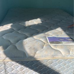 Full Size Bed for Sale in Elkins Park,  PA
