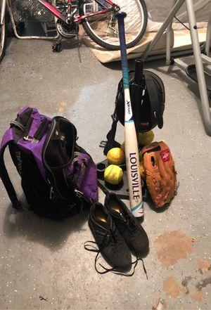 softball set. for Sale in Orlando, FL