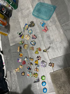 40 Disney Trading Pins for Sale in Maitland, FL