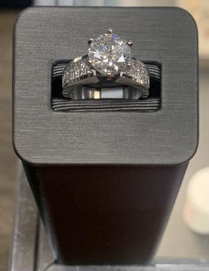 18K WHITE GOLD, 8.30 GRAMS, 2.6 CT WEDDING/ENGAGEMENT RING for Sale in Phoenix, AZ