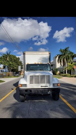 International Truck 2001 for Sale in Hialeah, FL