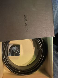 Louie Vutton Belt With Box for Sale in Los Angeles,  CA