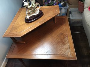 Two Tier Corner End Table for Sale in Ridgewood, NJ