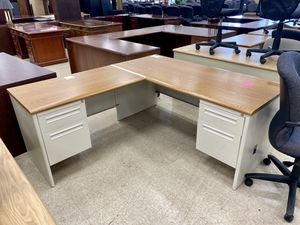 Truckload of L-Shaped Metal Desks for Sale in Columbus, OH
