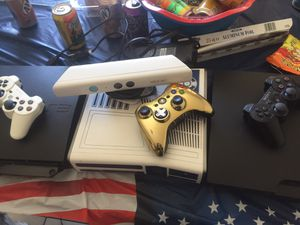 1 Custom Starwars Xbox 360 / W controller and cords 2 PS3 / W 2 Controllers for Sale in Las Vegas, NV