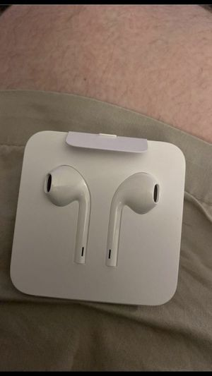 Brand New Apple Headphones (Not AirPods) for Sale in Fairfield, CA