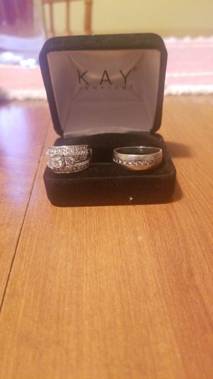 White gold his and her wedding rings for Sale in Clarksville, TN