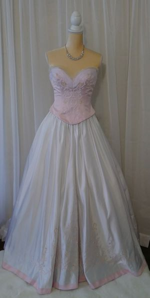 Soft Pink💕Quince, Wedding, or Event Dress👑 Size Small for Sale in Ontario, CA