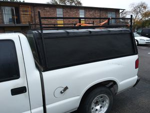 Camper shell.for Isuzu or s10 for Sale in Pasadena, TX