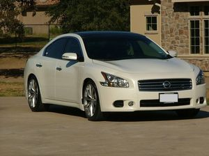 LOADED 2009 Nissan Maxima SV for Sale in Los Angeles, CA