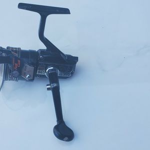 Shimano Mix Spinning Reel for Sale in Mount Hamilton, CA