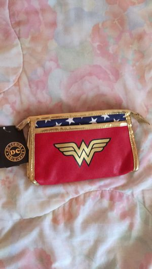 Cute Wonder Woman Clutch Handbag Purse✨ for Sale in Adelphi, MD